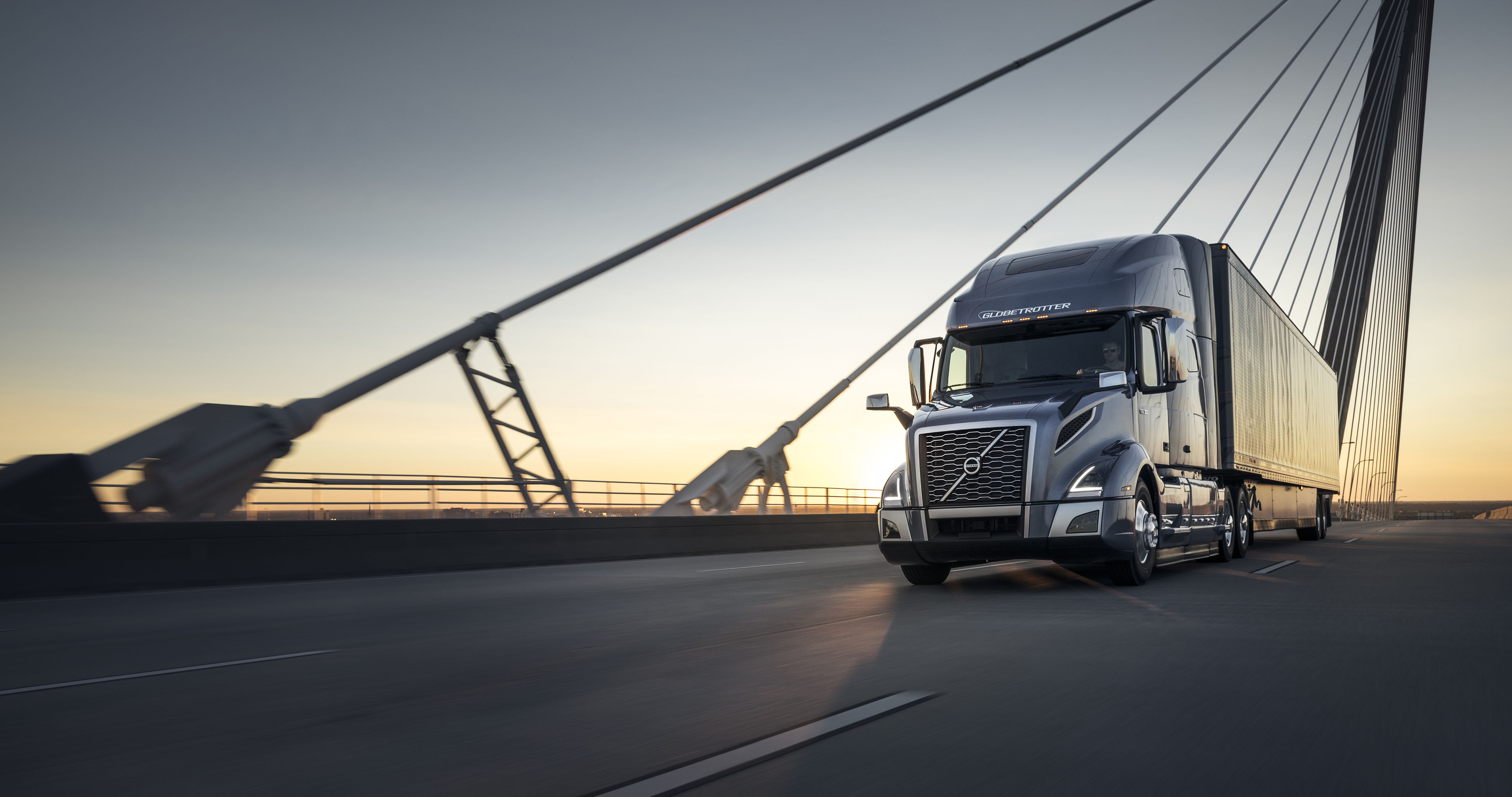 Vnl exterior volvo trucks usa the new standard for long haul productivity the volvo vnl publicscrutiny Images