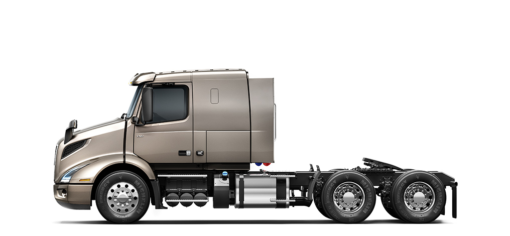 Volvo Trucks VNR 400 side view