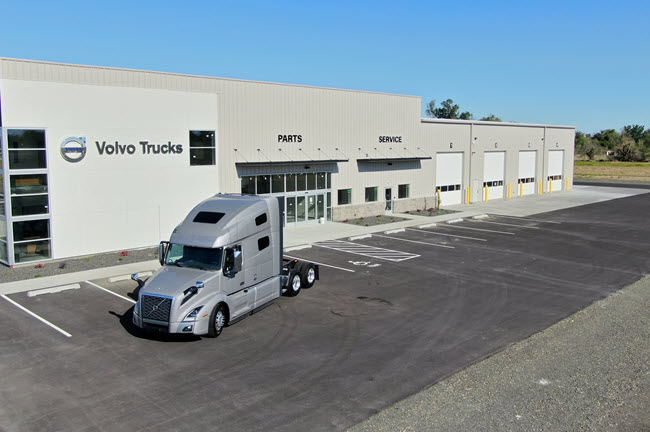 Volvo Trucks Northwest Equipment in Burbank Washington-650x433