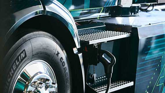 Volvo VNR Electric Charging Location on Truck Body