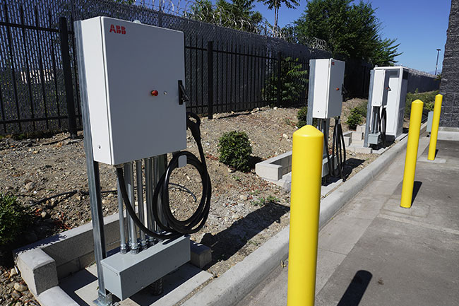 Volvo LIGHTS 150 kW Charging Stations