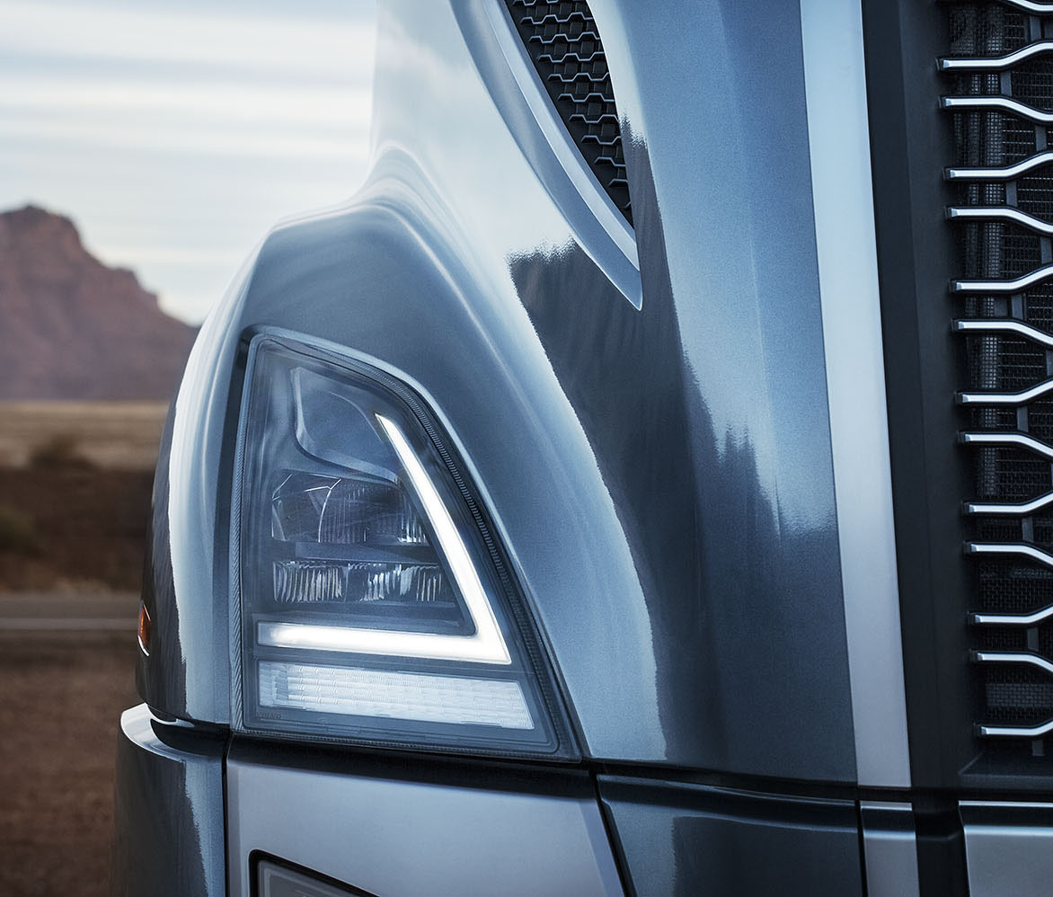 Volvo Trucks VNL headlamp Design